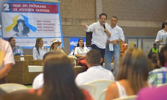 Vargas Lleras continúa recorrido por La Guajira y estará en la clausura del Congreso de la CCI en Cartagena