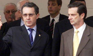 Ex Ministro Fernando Londoño, nuevo Presidente del DN del CD y Nubia Stella Martínez, directora ejecutiva