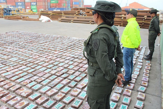 Policía Metropolitana de Barranquilla incautó 1300 kilos de clorhidrato de cocaína avaluados en $6.423'046.497
