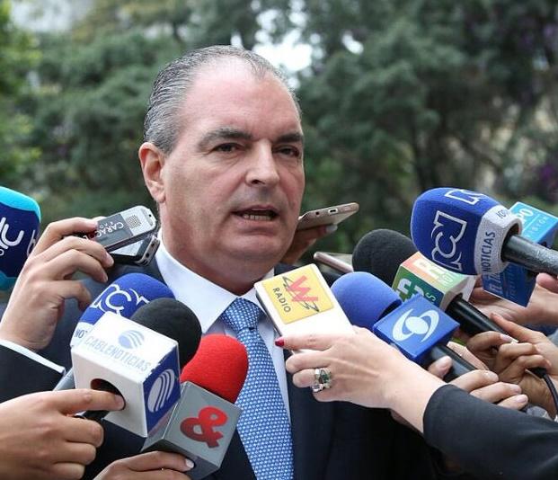 Fiebre aftosa no se ha extendido y está controlada, anuncia el Ministro de Agricultura