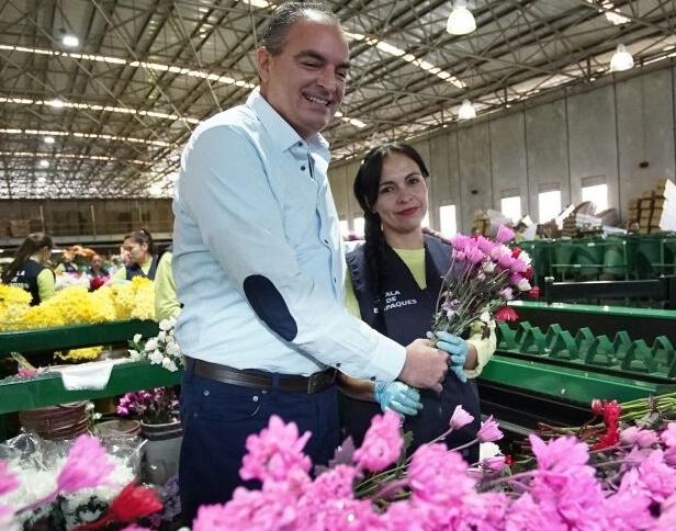 500 millones de flores a Estados Unidos para San Valentín con dólar cerca de $3.000: MinAgricultura