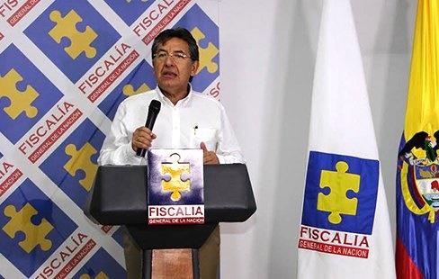 Fiscal se aparta de presunto soborno o conspiración en lo penal, hace un giro al CNE por topes de campaña