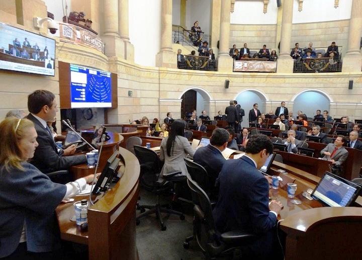 La pobreza en Colombia está en el sector rural: 840 municipios, un 60% de miseria en el Caribe y Pacífico: Debate en el Senado