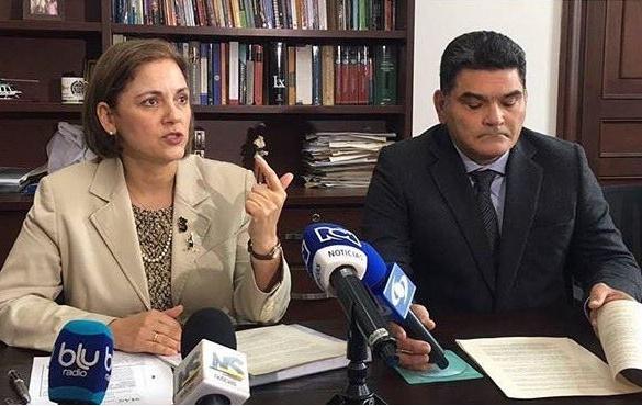 Proyecto de ley que prepara el Gobierno, según declaración de Enciso, copia el Proyecto de Ley Anticorrupción del CD: María del Rosario Guerra