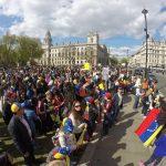 En 80 ciudades del mundo venezolanos protestan contra el régimen de Maduro: Se va porque Se Va!