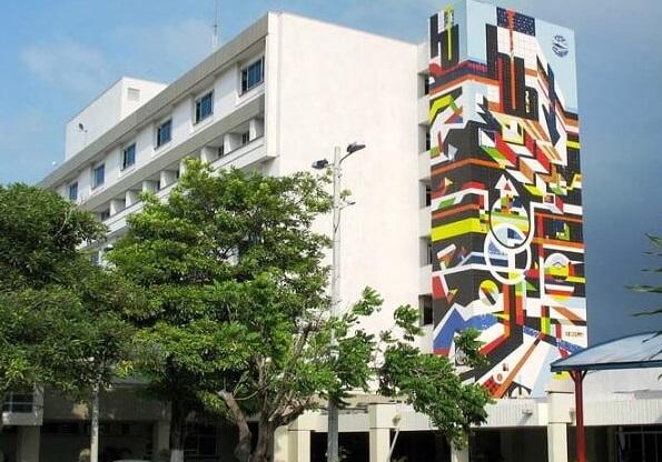Médicos especialistas y enfermeras del Hospital CARI de Barranquilla, inician paro indefinido