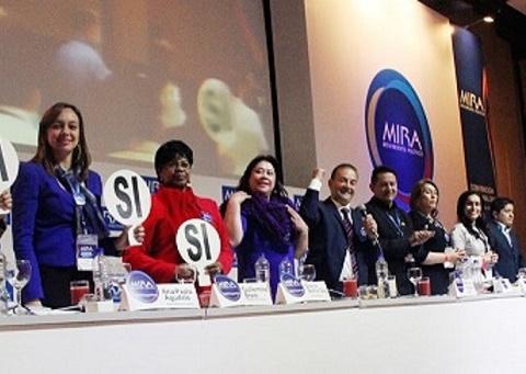 Estatuto de la oposición en Colombia, reconoce también la existencia y derechos iguales a los Partidos Independientes