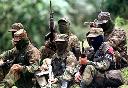 Ejército da de baja a 10 y captura a 2 en desarrollo de combates contra el ELN en Cáceres, Bajo Cauca Antioqueño