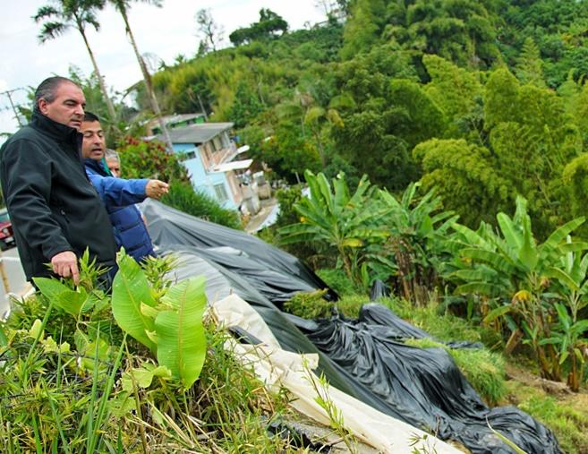 MinAgro viabiliza proyectos de vivienda, puntos de comercio y planta de plátano para los afectados del derrumbe en Manizales