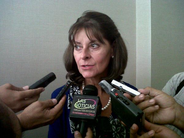 Cancillería debe aclarar sobre planes de contingencias para los Venezolanos en Colombia: Martha Lucía Ramírez envía petición al Gobierno