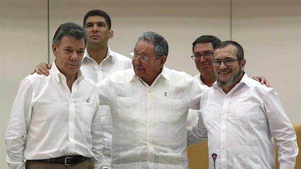 Juan Manuel Santos, todo para las Farc; solo a ellos les cumple. Por: Duván Idárraga