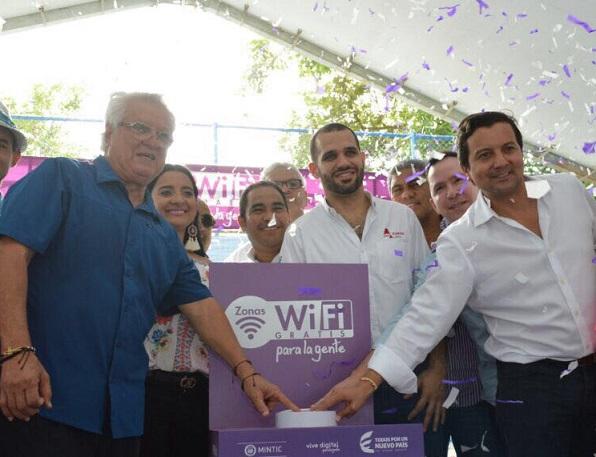 En Soledad ministro de las TIC inauguró un Punto Vive Digital Lab
