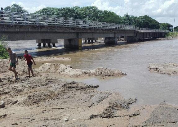 Oficina de Gestión del Riesgo de Desastres del Magdalena hace acompañamiento a damnificados en Algarrobo