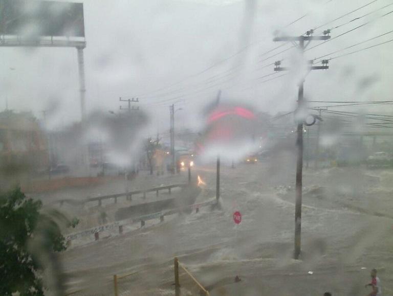 Tormenta Tropical Bret perdió estructura, pasó a ser una fuerte onda tropical. Se mantienen las recomendaciones en la Costa