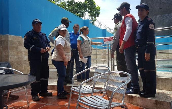 Policía selló dos establecimientos de piscinas por no ofrecer garantías de seguridad