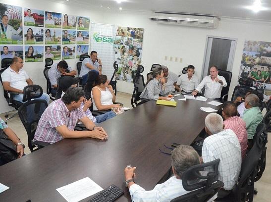 Gobernador de Cesar dispuesto a promover reactivación de cultivo de algodón