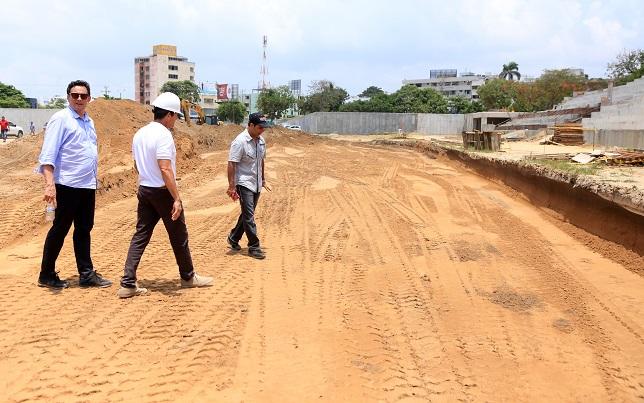 Este jueves arrancó el gramado del nuevo estadio Romelio Martínez