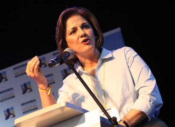 Ya es hora de acabar el falso dilema: ¿Petróleo o Medio Ambiente? Por: Senadora María del Rosario Guerra