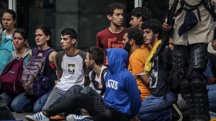 Crece el número de presos políticos, y aumentan los casos de torturas tratos crueles violando los DDHH: Foro Penal Venezolano
