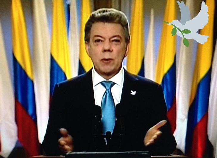 El Gobierno de mi país paga por aplaudir. Por: León Rigoberto Barón Neira