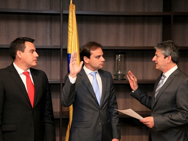 Se posesionó como nuevo director de Cormagdalena, Alfredo Varela