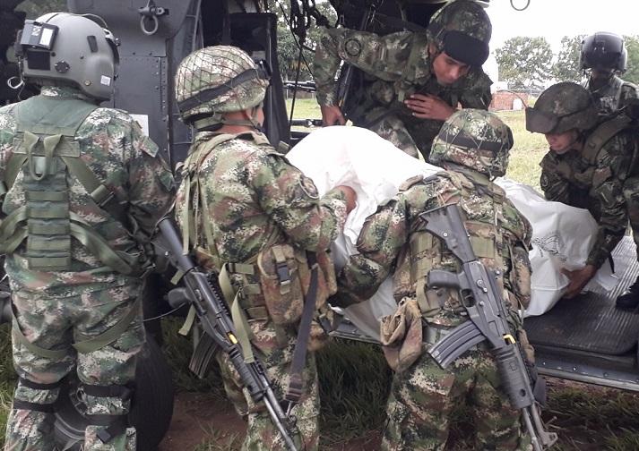 En ataque contra el Ejercito este da baja a dos de un grupo de 7 que se preparaban en explosivos en el Caquetá. En el hecho murió una menor