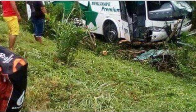 Accidente de bus de Berlinas en Baranoa, no fue microsueño, dejó 12 heridos