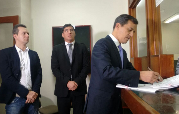 Precandidato presidencial del CD, Rafael Nieto, demandó ante la Corte la Ley de Amnistía y el decreto 277 de 2017