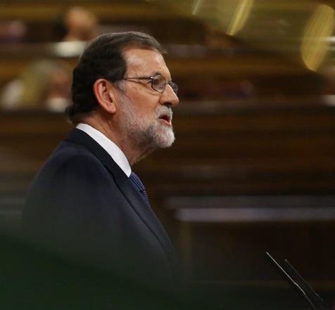 Mariano Rajoy rechazó respuesta sin precisión de Puigdemont. Lo emplazó a rectificar antes del jueves