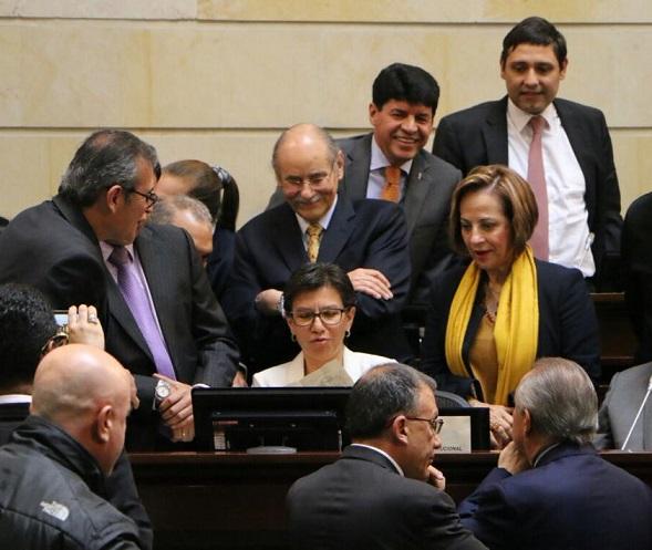 Procuraduría abrió investigación a directora administrativa del Senado por irregularidades en contratación