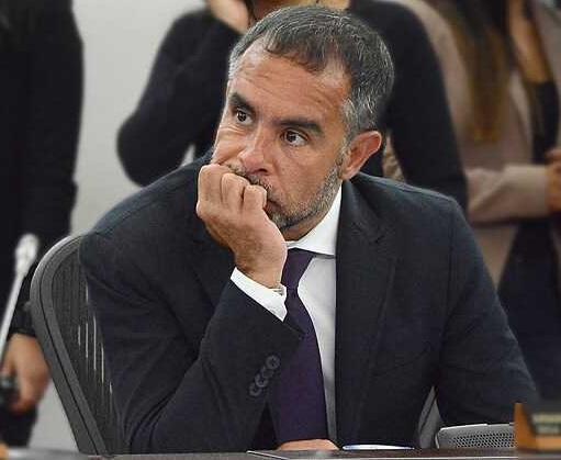 El Fiscal es un rufián dijo Armando Benedetti. Acusa a Martínez de recaudar dineros para la reelección de Santos