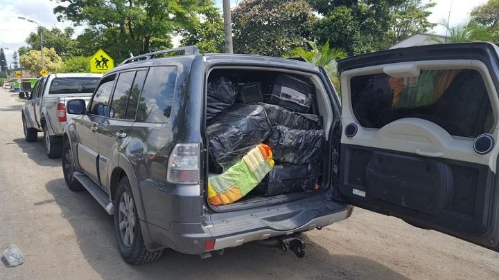 Fiscalía incauta 374 kilos de marihuana y captura a 3 agentes de la UNP, en carro de la UNP