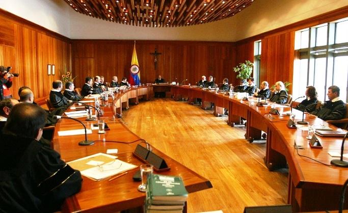 En 6 renglones la Corte Constitucional despachó a Santos. Le dijo que no en su pretensión de las 16 curules