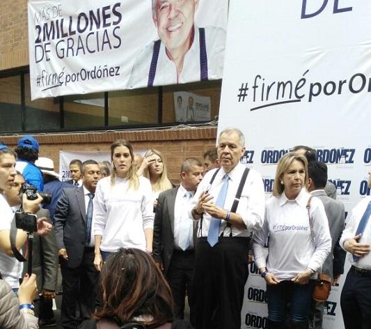 2.204.065 firmas entregó Alejandro Ordóñez Maldonado para respaldar su candidatura Presidencial