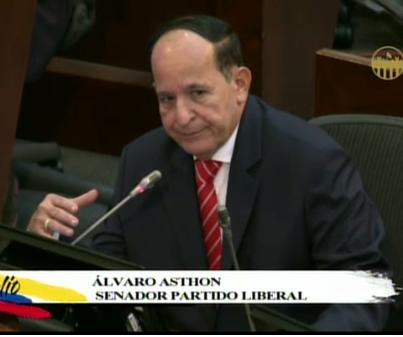 Capturan al senador del Partido Liberal, Álvaro Asthon en el aeropuerto El Dorado de Bogotá