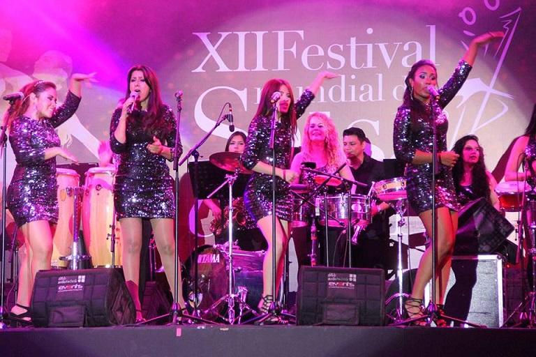 La orquesta femenina D' CACHÉ celebra sus 25 años de trayectoria con el tema, Para Tocar Timbal