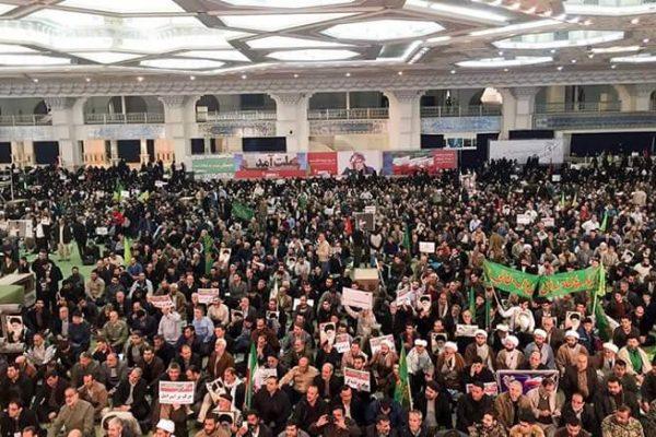Irán 6 días de protestas ciudadanas contra el régimen. La dictadura en respuesta cual Maduro, saca su radicalismo a la calle