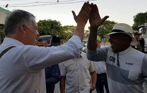Proveniente de un recorrido por La Guajira, Cesar y Magdalena, Alejandro Ordóñez llega a Barranquilla: Propone más propietarios y menos proletarios