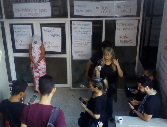 Perdieron el pánico y entran en paro indefinido desde este miércoles, Facultad de Comunicación Social e Ingeniería de la UniAutónoma