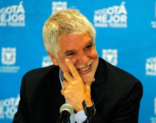 Peñalosa se queda hasta diciembre de 2019. CNE ordena investigar al comité promotor de firmas de la revocatoria contra el Alcalde de Bogotá