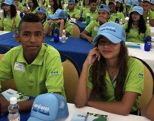 Triple A convierte a 140 estudiantes en Guardianes del Medio Ambiente