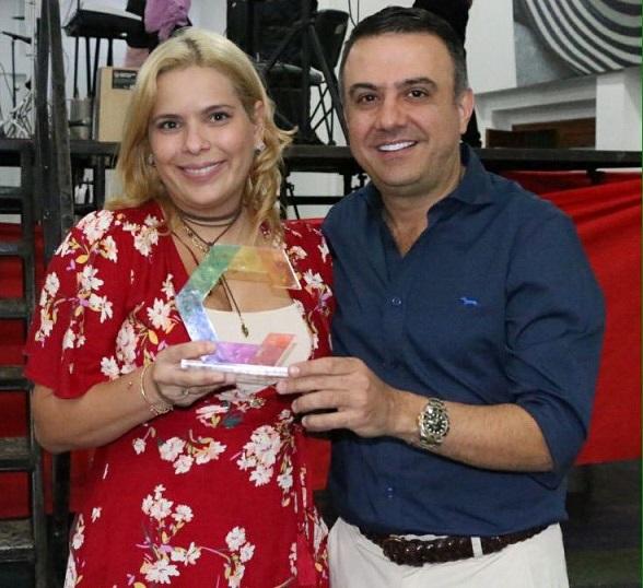 Suspenden e investigan a la Secretaria de la Mujer, en Córdoba por presuntas anomalías en el manejo de recursos para el adulto mayor