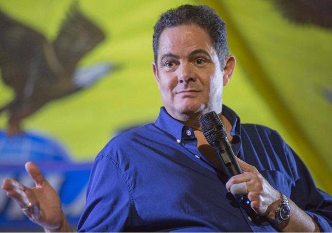 Germán Vargas Lleras afirma que demandará la Ley de Financiamiento por estar plagada de equivocaciones, faltas de procedimiento y de forma
