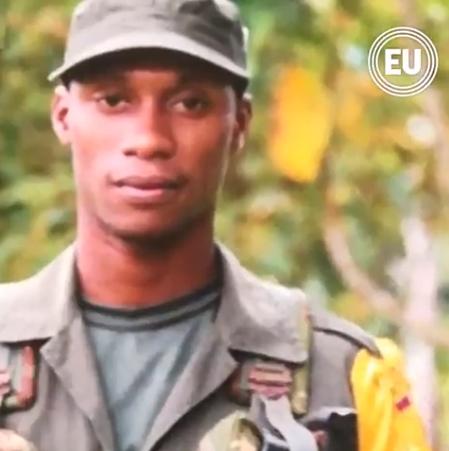 Guacho huye gravemente herido por un francotirador del Ejército de Colombia. Autoridades lo buscan por tierra, aire y afluentes fluviales del area