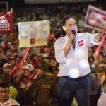 Vargas Lleras ovacionado este sábado por miles de barranquilleros que le reiteraron su voto de confianza