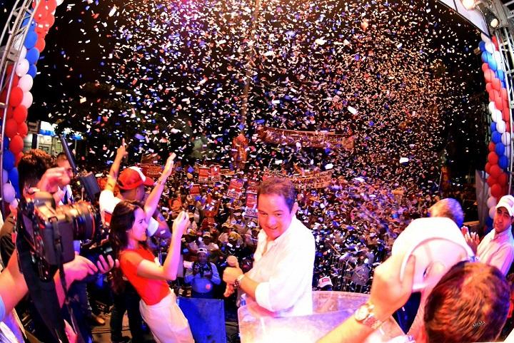 De sus cierres de campaña en el Magdalena, Bolívar y Córdoba, Germán Vargas Lleras llega a Barranquilla a presidir dos grandes concentraciones