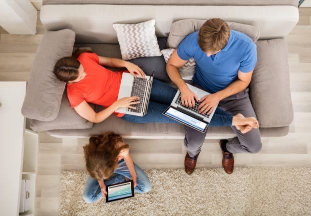 ESET devela que el 53% de los usuarios pasan más de 6 horas al día conectados a Internet