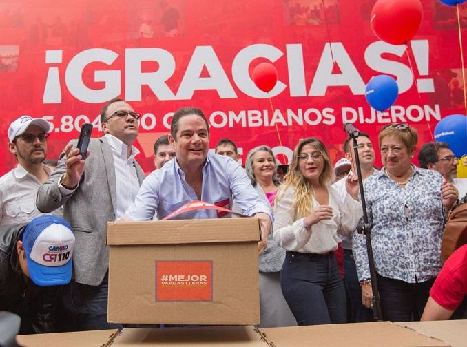 #MejorVargasLleras denunció que organizaciones armadas al margen de la Ley están presionando el voto por un candidato