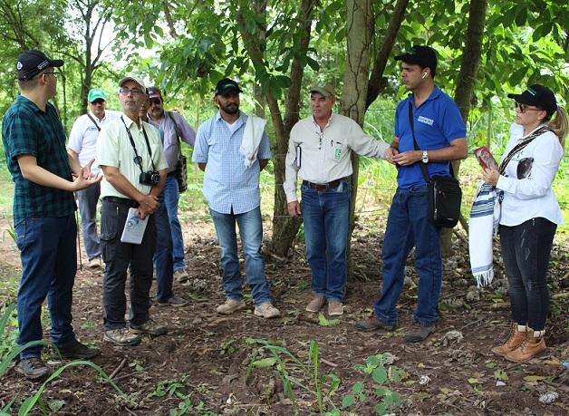 Con Megaleche y cooperación israelí gobernador Franco Ovalle busca impulsar la ganadería en el Cesar