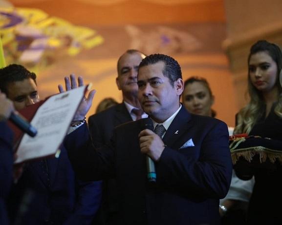 Cámara eligió a Alejandro Carlos Chacón del Partido Liberal para presidir la Corporación